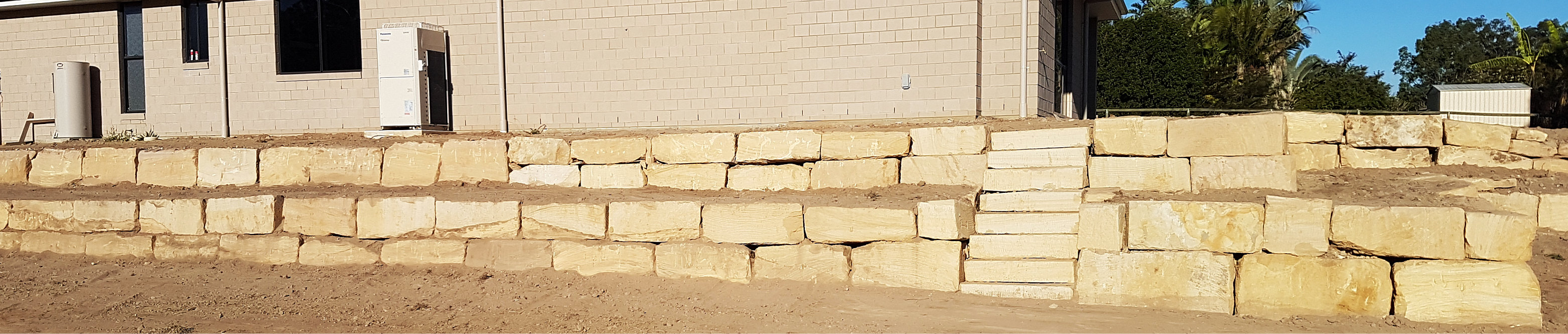 Sandstone Rock Wall Supply and Construction